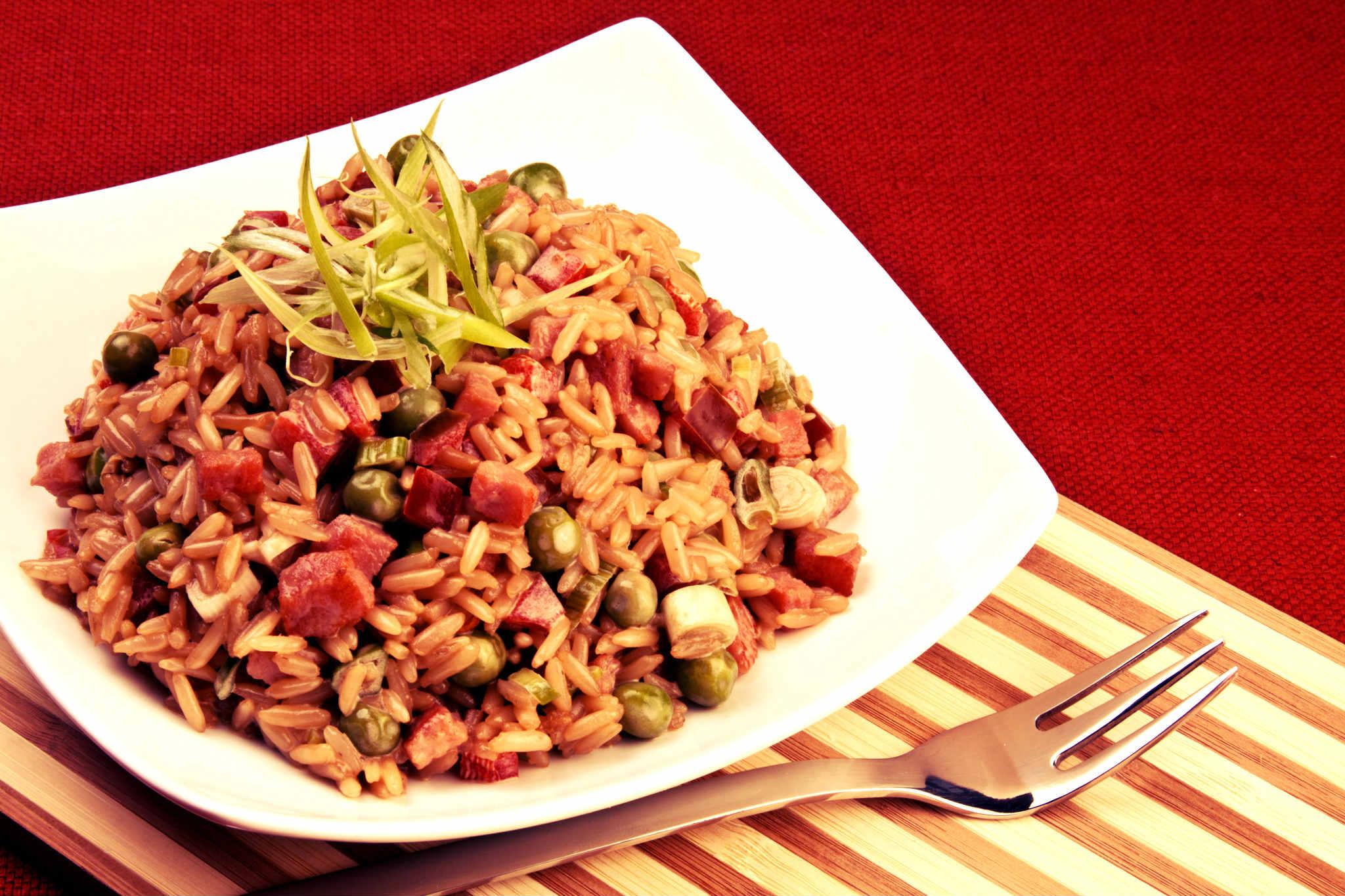 La receta del día: Arroz Chino por el Chef Víctor Moreno