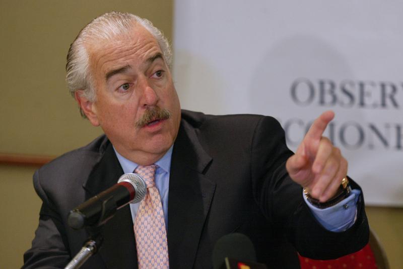 Pastrana: Gobierno de Maduro no tiene moral para acompañar proceso de paz con FARC