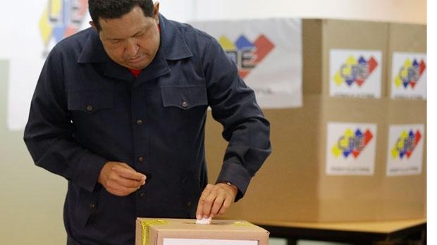 La democracia chavista por Pedro M. Burelli