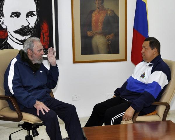 12.19.12-Fidel-Castro-Hugo-Chavez-600x480