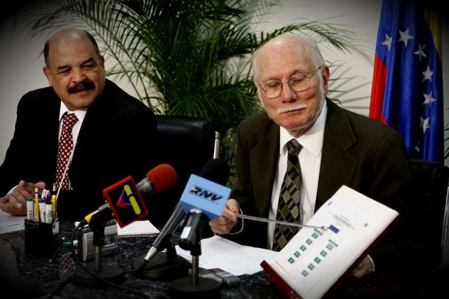 Viene otra devaluación en 2013 por Ángel García Banchs