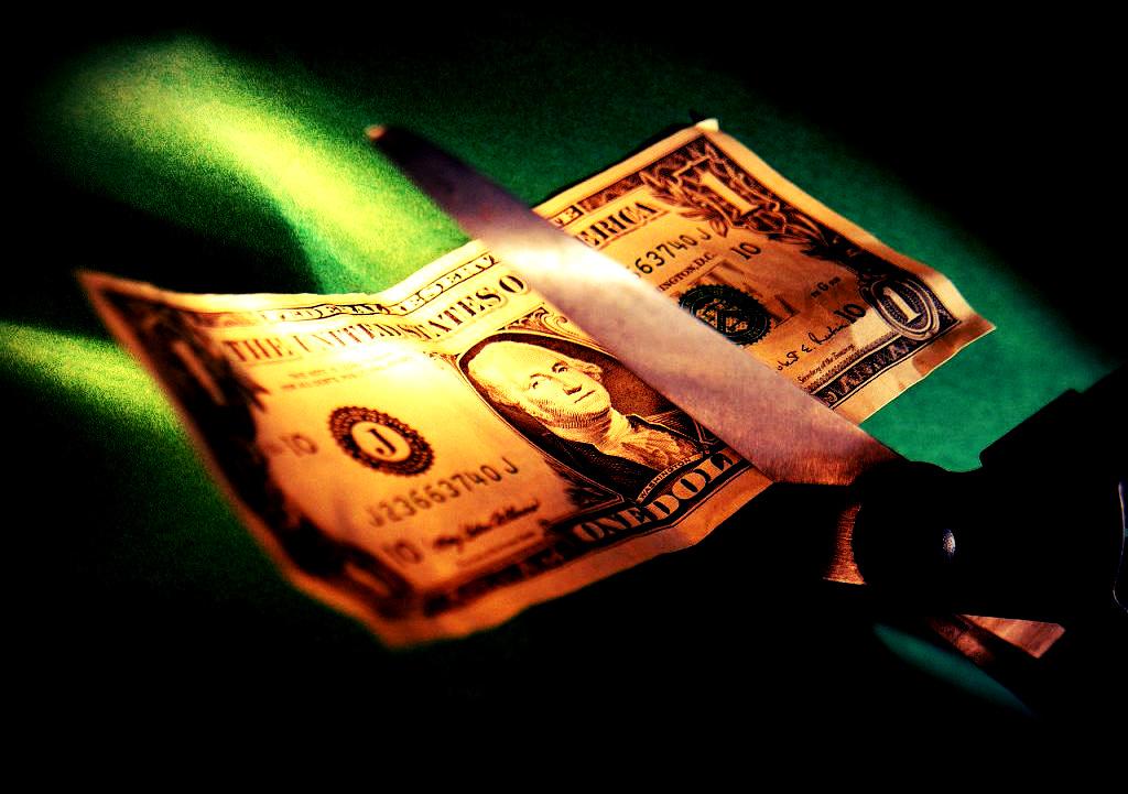 Maxidevaluación con petróleo a 113 dólares, ¡Inaúdito! por  Alexander Guerrero E