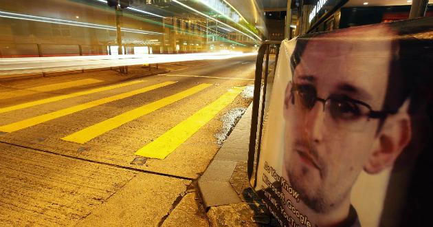 Snowden-exespia-biendateao
