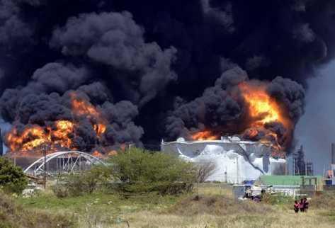 El Nuevo Herald: A un año de Amuay, la seguridad de refinerías venezolanas sigue en entredicho