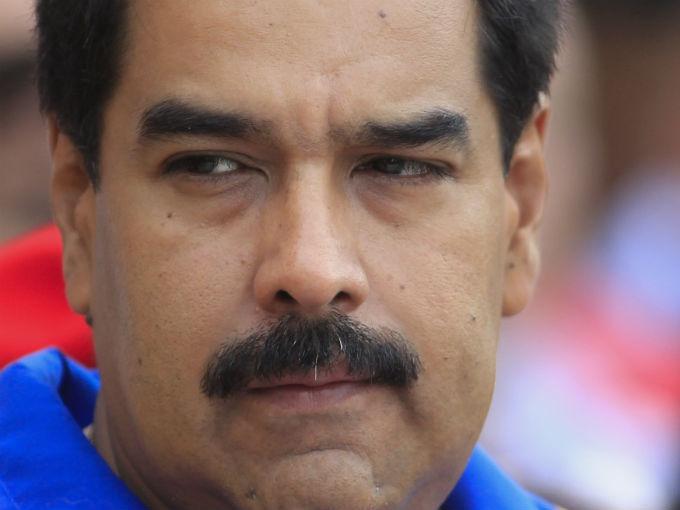 Venezuela: escenarios políticos ante la crisis y las elecciones del 8D por Antonio de La Cruz