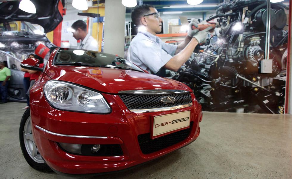 Repuestos para carros han aumentado más de 300% este año