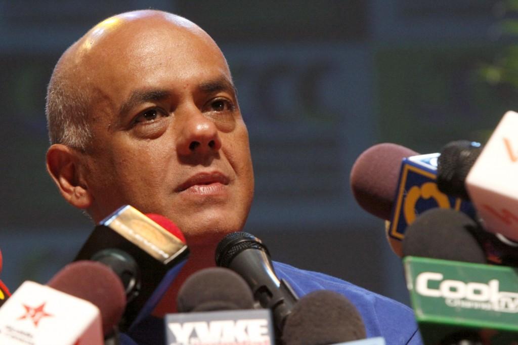 Rodríguez: EEUU debe devolvernos a los banqueros corruptos