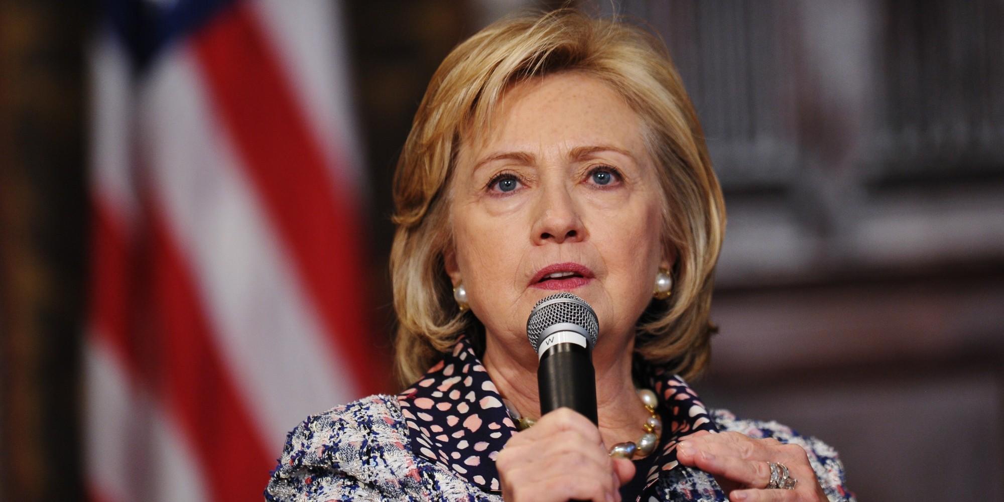 Publican nuevos correos de Hillary Clinton, uno de ellos dirigido a Assange