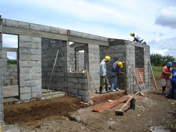 La construcci n de viviendas est por debajo de 2013 for Como se construye una casa