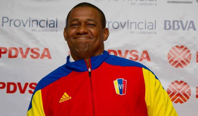 Sanvicente pide a sus jugadores intensidad y fortaleza física