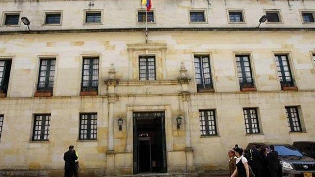 Cancillería colombiana rechaza acusaciones de Maduro sobre presunta conspiración