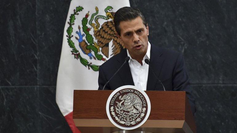 Peña Nieto inició gira asiática en medio de manifestaciones y escándalos