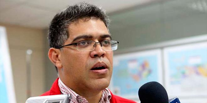 Jaua: Capriles es un irresponsable