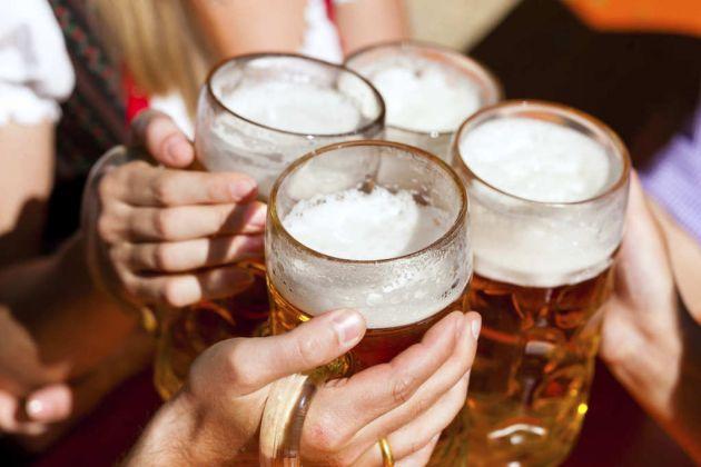 Los-hombres-beben-mas-alcohol-que-las-mujeres-bajo-estres-1.jpg