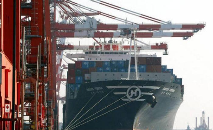 Segundo cargamento de crudo liviano de Argelia llega a puerto venezolano