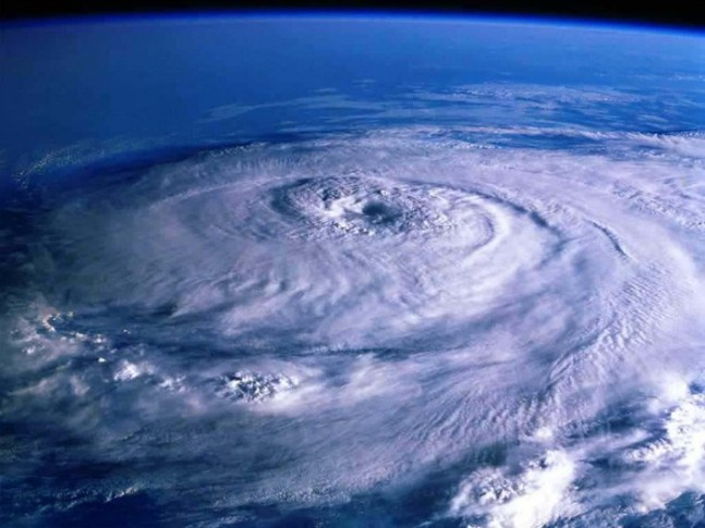 huracan-647x485.jpg