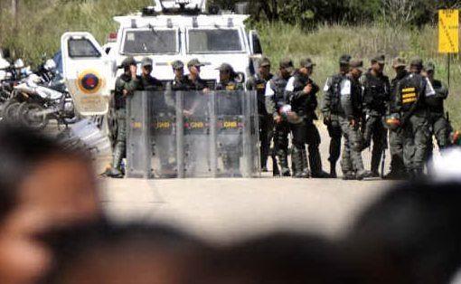 ingeriscono_farmaci_per_protesta_muoiono_21_detenuti_in_venezuela-0-0-425407