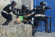 Aplacan protestas a punta de represión y torturas
