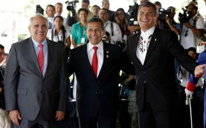 Unasur da primer paso hacia la libre movilidad de sudamericanos