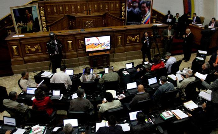 ¿Cuántos diputados de la MUD justifican sus inasistencias a las sesiones de la Asamblea Nacional?