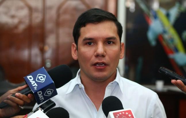 JULIO CÉSAR RIVAS