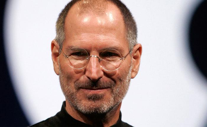 Los 10 mejores correos electrónicos de Steve Jobs
