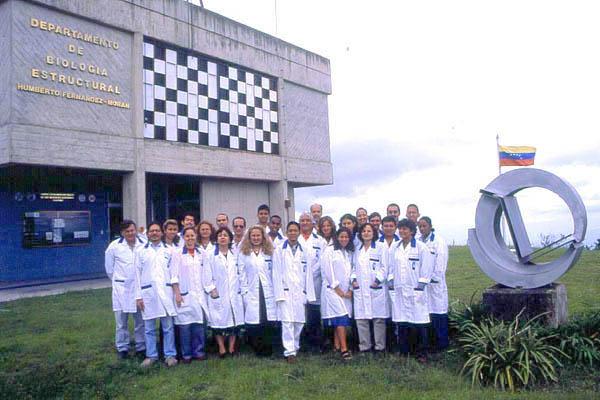 Trabajadore-IVIC-Biologia-Estructural.jpg