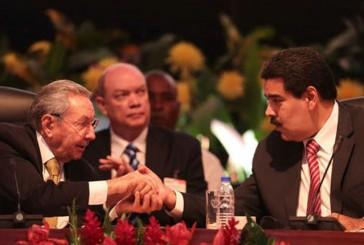 Cuba y Venezuela firman 62 acuerdos de cooperación para 2015