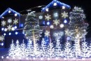 Casa navideña se ilumina al ritmo de Frozen (Video)