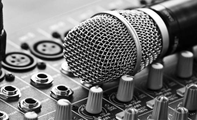 micrófono-647x397.jpg
