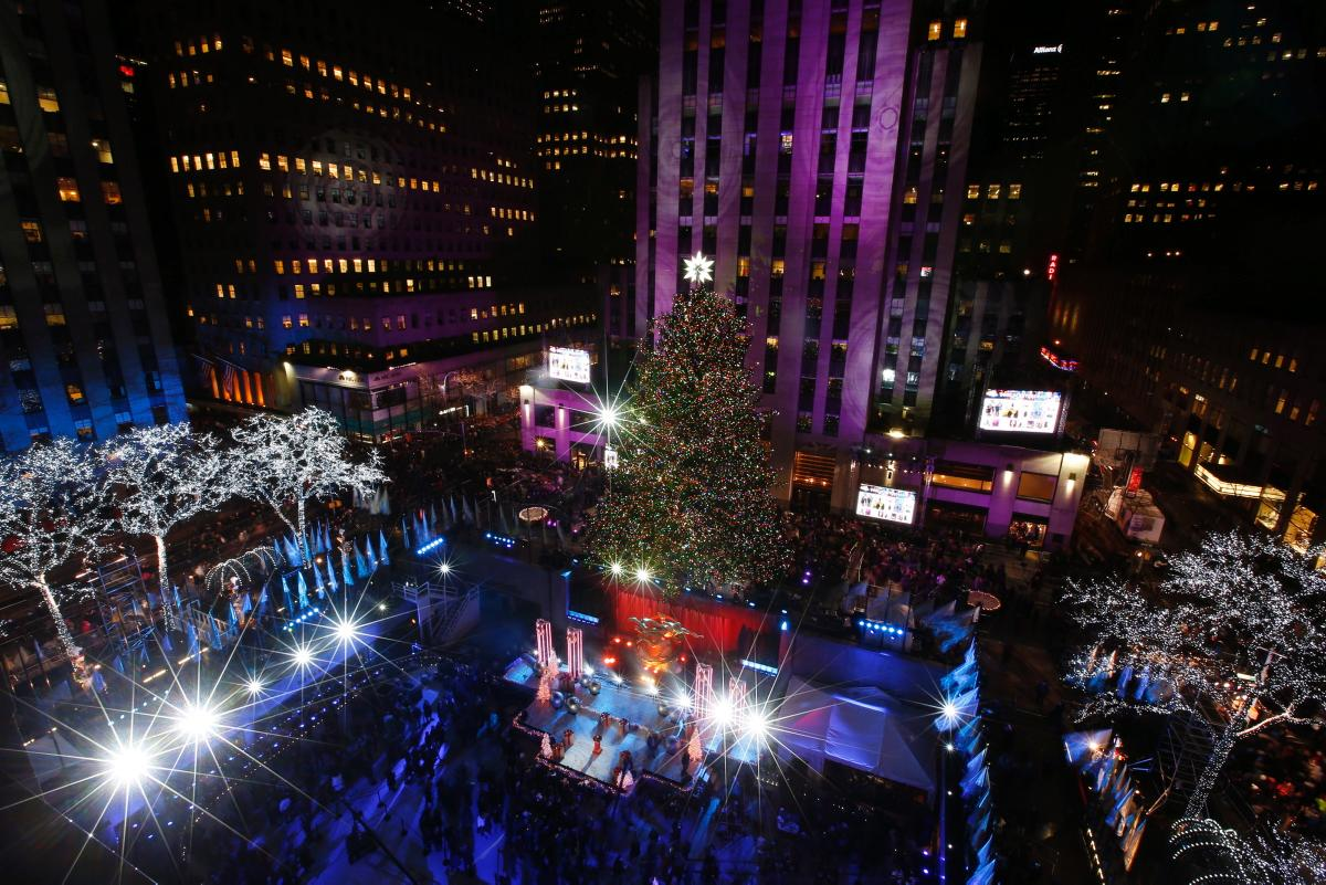 rockefeller-center-tree-lighting-2014
