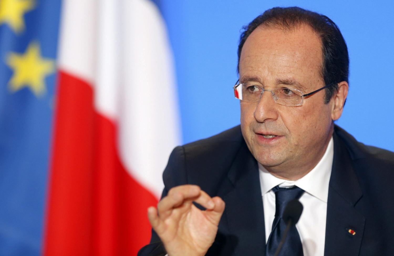 """Hollande: Francia """"hizo frente"""" pero """"no terminó con las amenazas"""