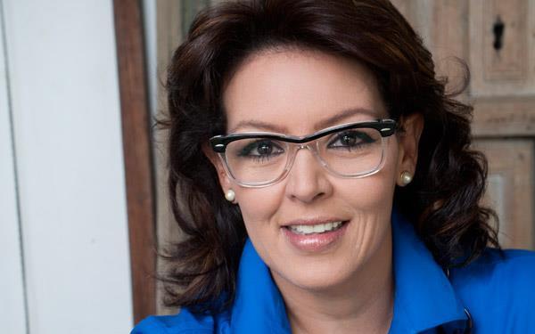 María-Elena.jpg