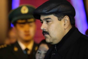 Venezuela en suspenso mientras Maduro sigue de gira