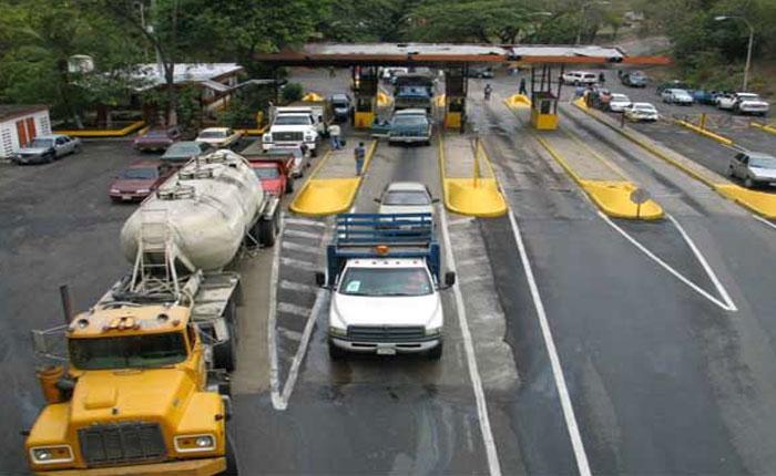 Gobierno aprueba volver a activar los peajes a nivel nacional