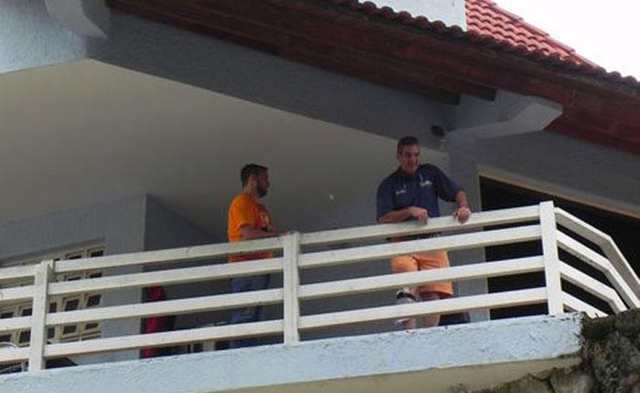 En foto: Enzo Scarano luego de su arresto domiciliario