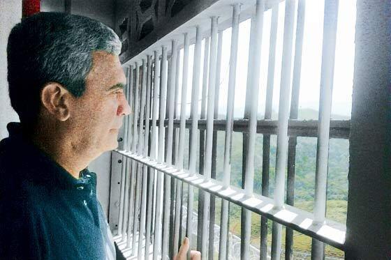 Exministro de Chávez denuncia plan con el que pretenden asesinarlo en prisión