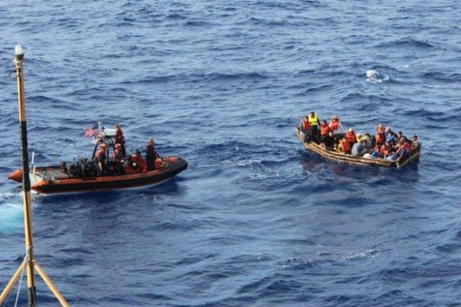 tras-el-anuncio-de-acercamiento-se-ha-disparado-el-numero-de-balseros-cubanos-que-emigran-a-estados-unidos-_685_457_1180635-647x431.jpg