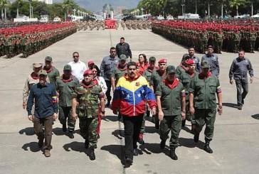 """Hablando de disociados: festejan un golpe sangriento mientras criminalizan a todos como """"golpistas"""" por Damián Prat"""