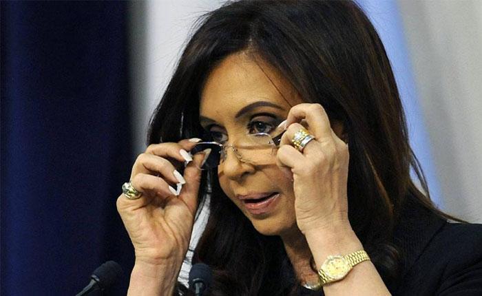 Cristina Fernández niega cargos en causa sobre corrupción