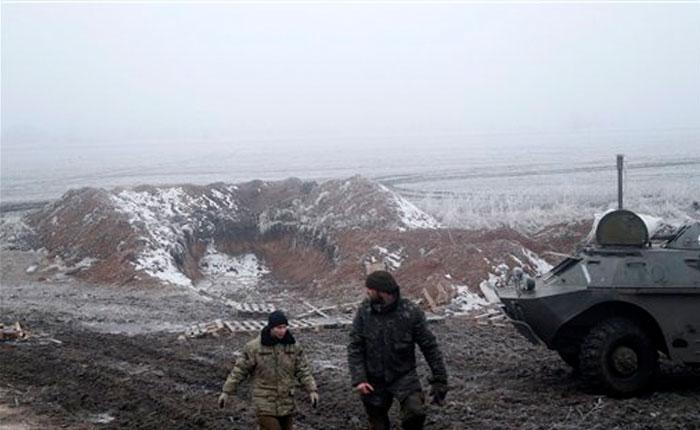 Resiste la tregua en Ucrania, con tensión en Debáltaseve