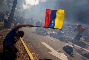 """Así respondieron dirigentes opositores a Capriles sobre """"La Salida"""""""