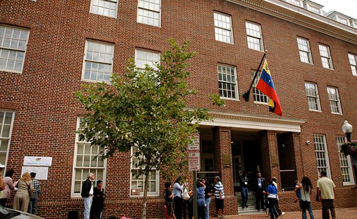 Gobierno de Venezuela tiene 74 diplomáticos en EEUU