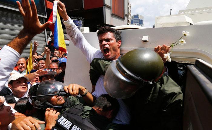 Experto asegura que Leopoldo López incitó a la violencia a través de Twitter