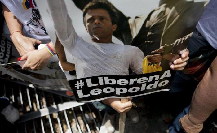 """López:  """"Asumimos esta protesta no para morir, sino para que todos podamos vivir dignamente"""""""