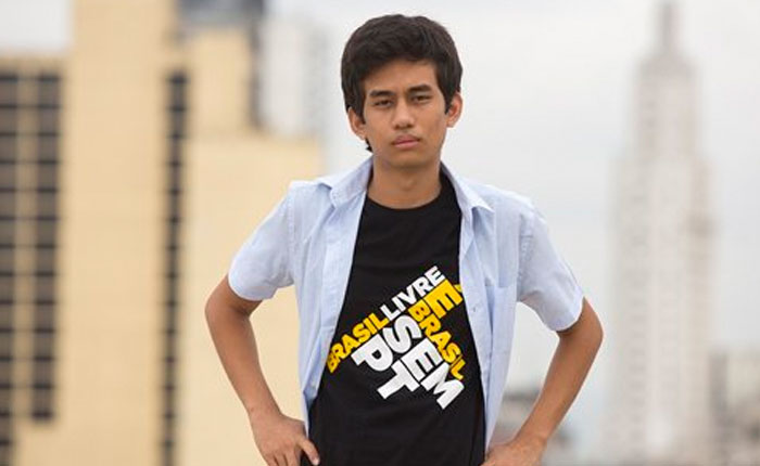 Brasil: Un adolescente es el nuevo rostro del movimiento derechista