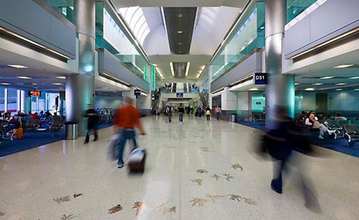 MiamiInternationalAirport.jpg