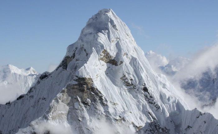 Capturan impresionantes imágenes del Himalaya en UHD