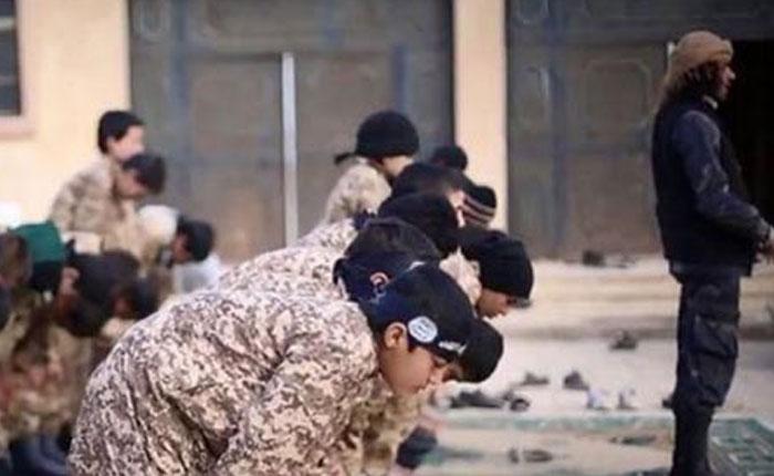 Aseguran que ISIS ha reclutado a 400 menores de edad en Siria durante 2015