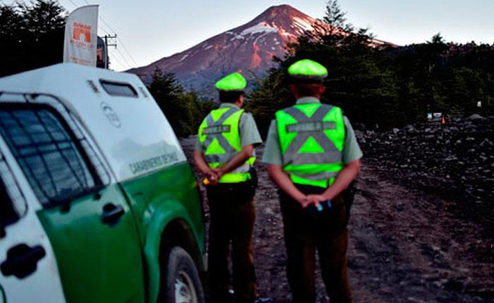 Volcán Villarrica en Chile disminuye actividad tras erupción